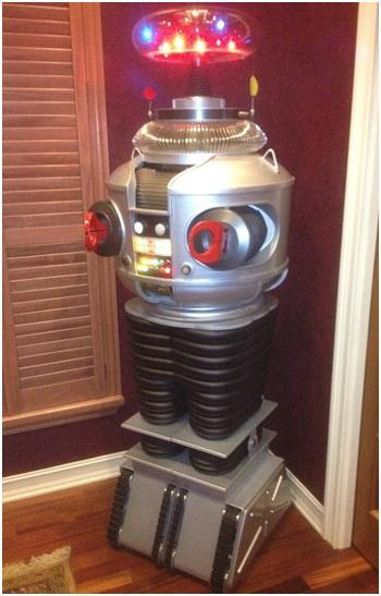 Lost in Space - B9 Robot